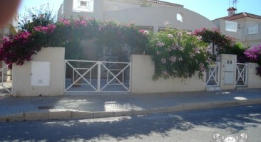 Bungalow en Playa Flamenca 234-0022